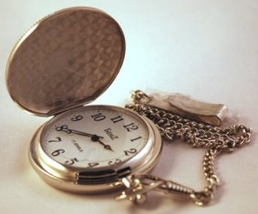 BenZ Wind Up Pocket Watch, 17 Jewels